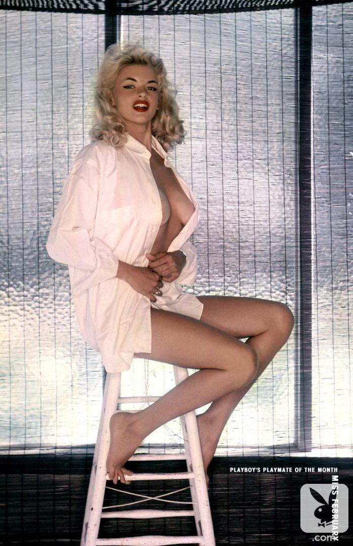 Lusty argonian maid cosplay