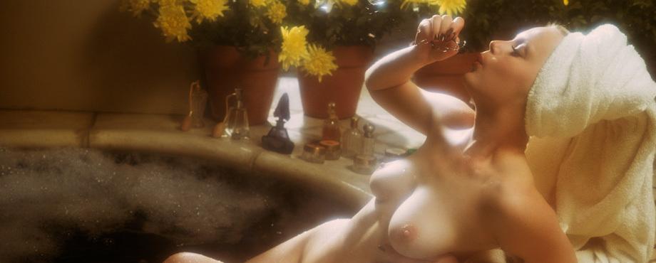 Alexandra Hay