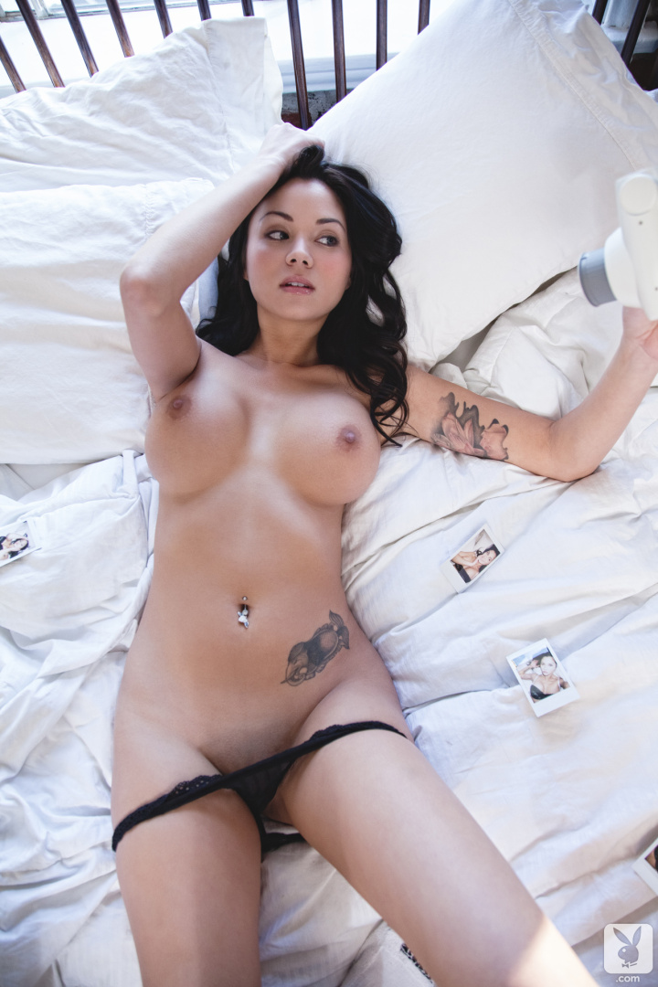 Super cute busty brunette bbw plays with her wet pussy 1