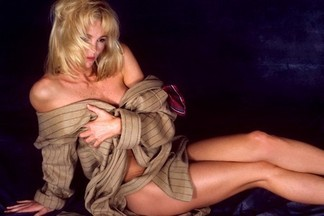 Janet Jones playboy