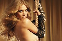 Winter Ave Zoli playboy