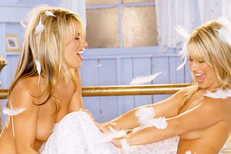 Rikki and Vikki playboy