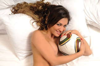 Romina Cisneros playboy