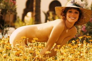 Gwen Welles playboy