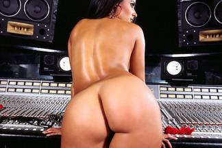 Alejandra Lares playboy