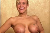Courtney Castelli playboy