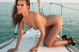 cosmo-sunset-cruising-nude