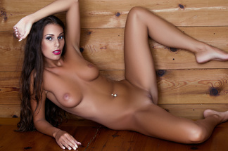 Lia Taylor playboy