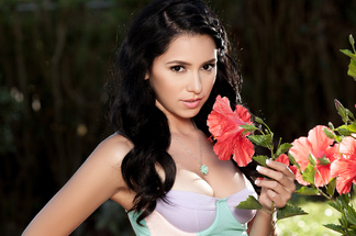 Reyna Arriaga - hot pictures