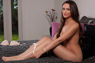 Deanna Greene in Show Me Your Room