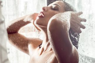 Nuelle Alves - hot pictures