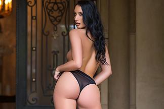 Kendra Cantara in Front Door Strip